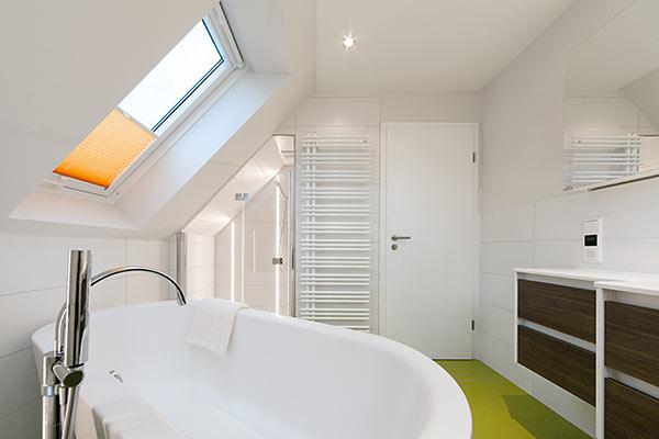 b der mit problemzonen perfekt renoviert himmels heinsberg die badgestalter. Black Bedroom Furniture Sets. Home Design Ideas